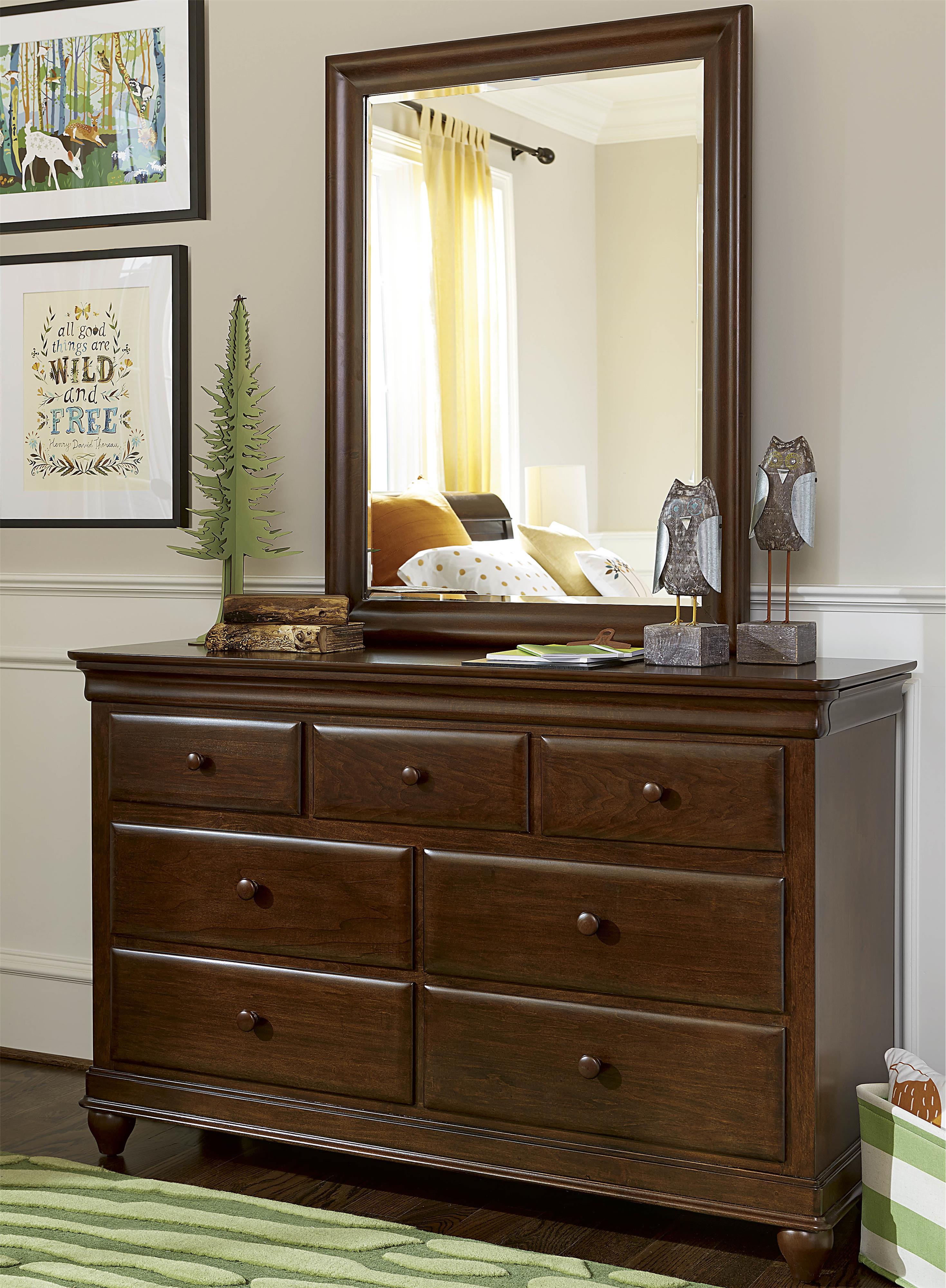 Smartstuff Classics 4.0 Drawer Dresser & Mirror - Item Number: 1312002+032