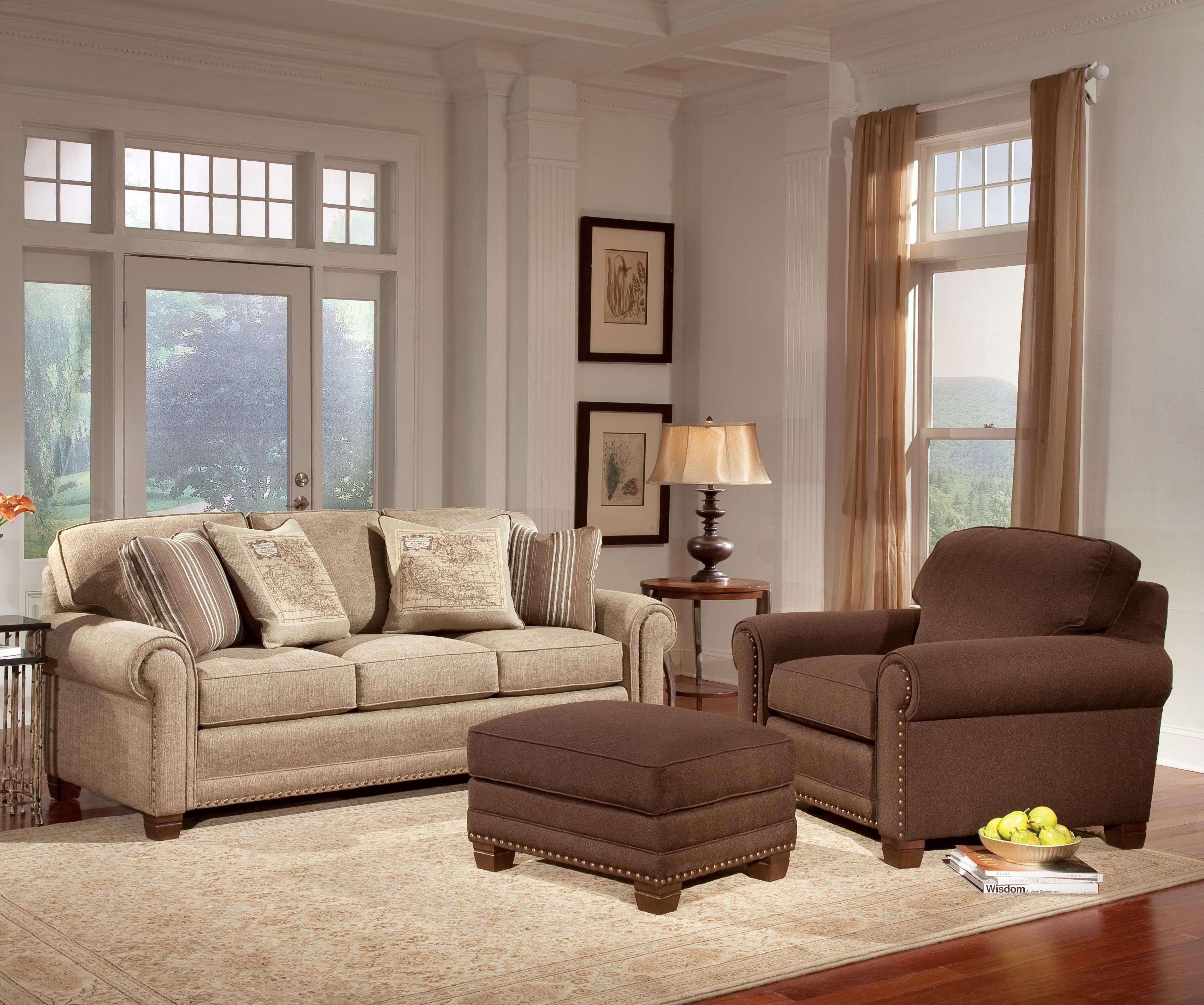 Smith Brothers 393 Traditional Stationary Sofa With
