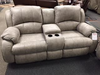 705 173-09 Power Console Loveseat by Southern Motion at Furniture Fair - North Carolina