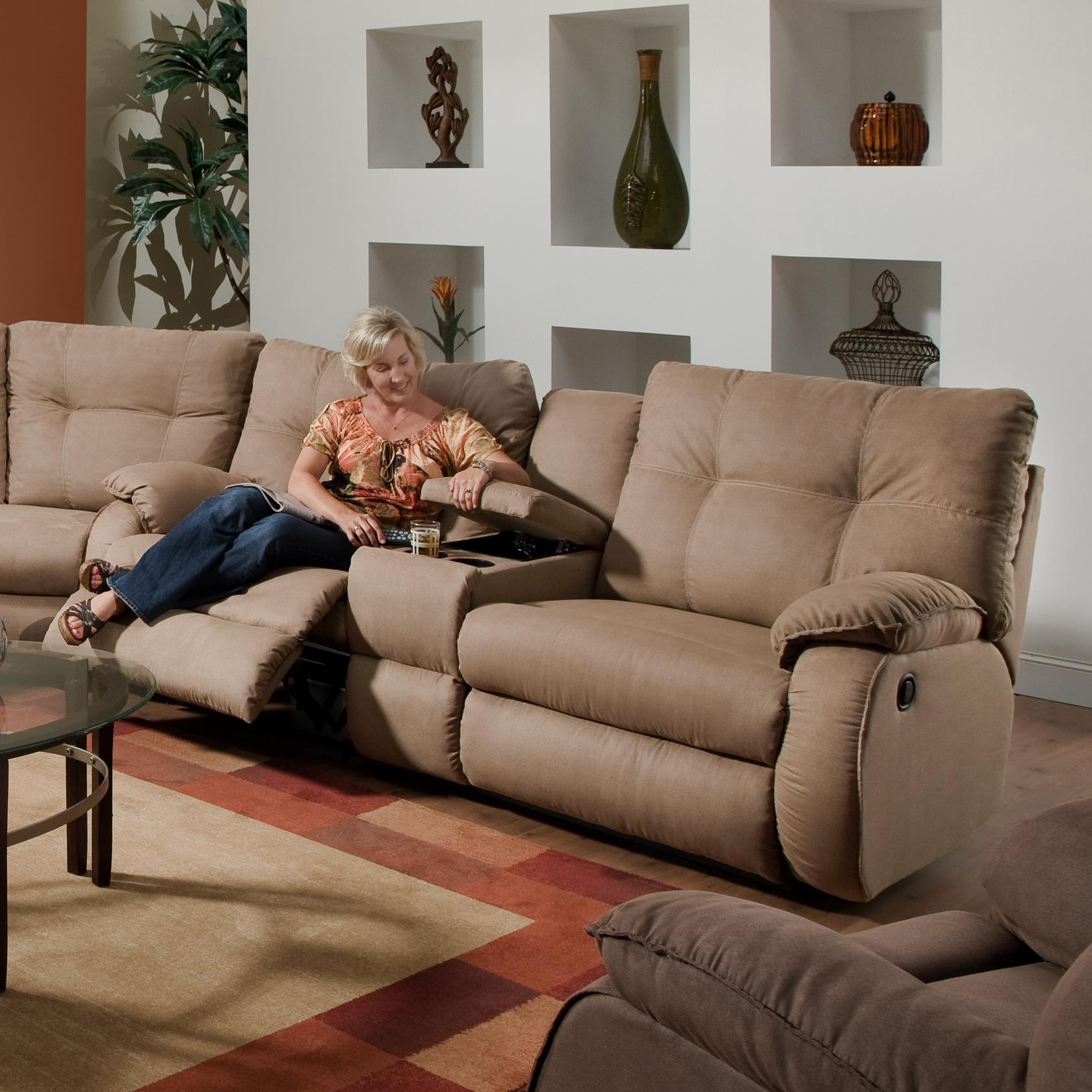 Southern Motion Dodger Console Sofa - Item Number: 698-28