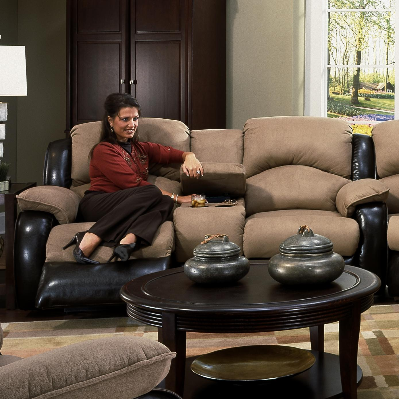 Southern Motion Jolson Console Sofa - Item Number: 706-28
