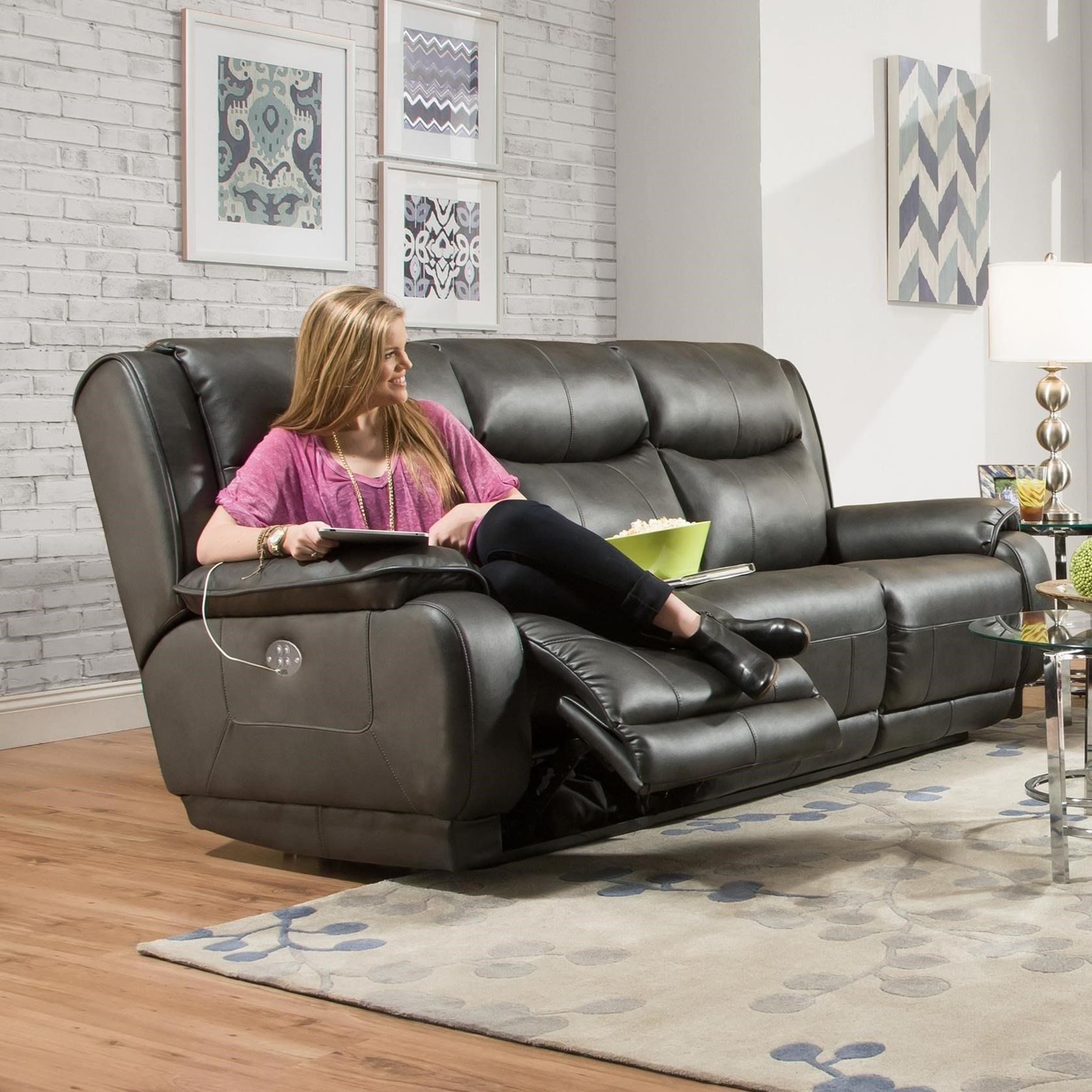 Southern Motion Velocity Double Reclining Sofa With Power