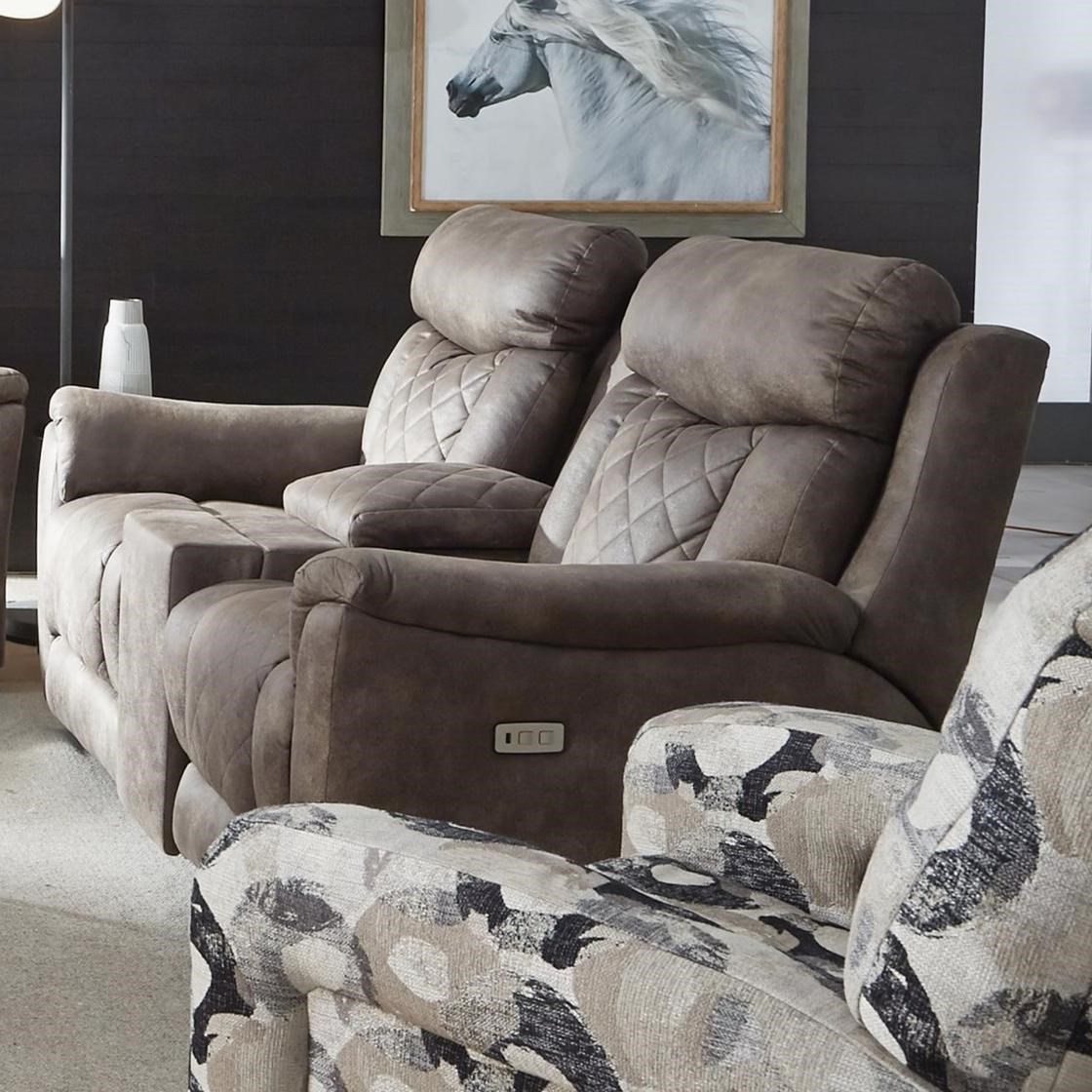Picture of: Southern Motion Wow Factor Zero Gravity Power Double Reclining Loveseat W Console Hidden Cup Holders Lindy S Furniture Company Reclining Loveseats