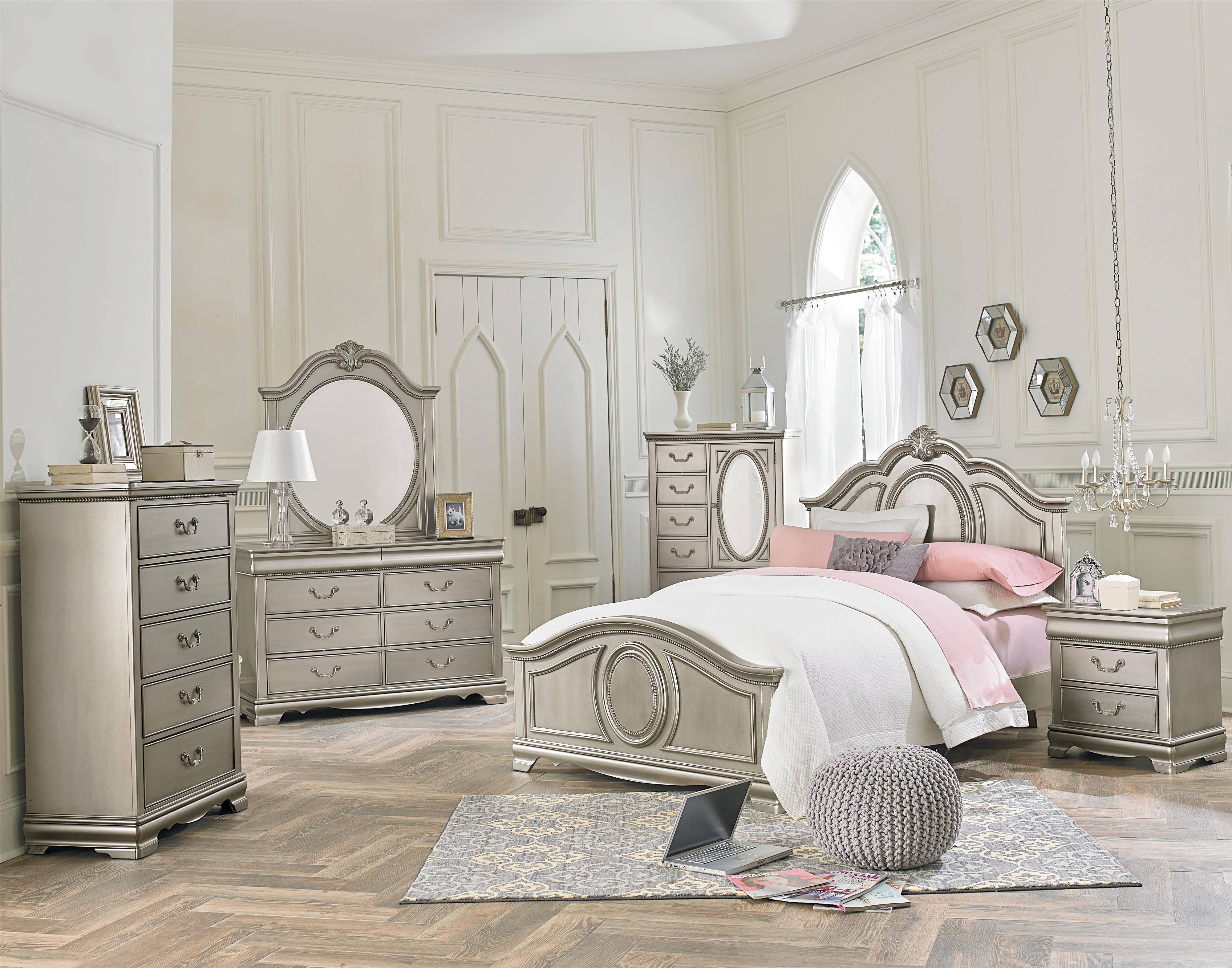 Impressive Silver Bedroom Set Painting