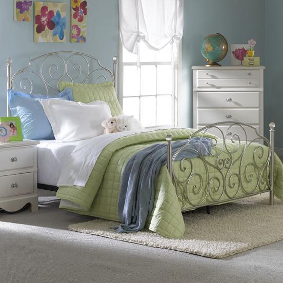 Standard Furniture Spring Rose Full Metal Bed - Item Number: 50281+50290