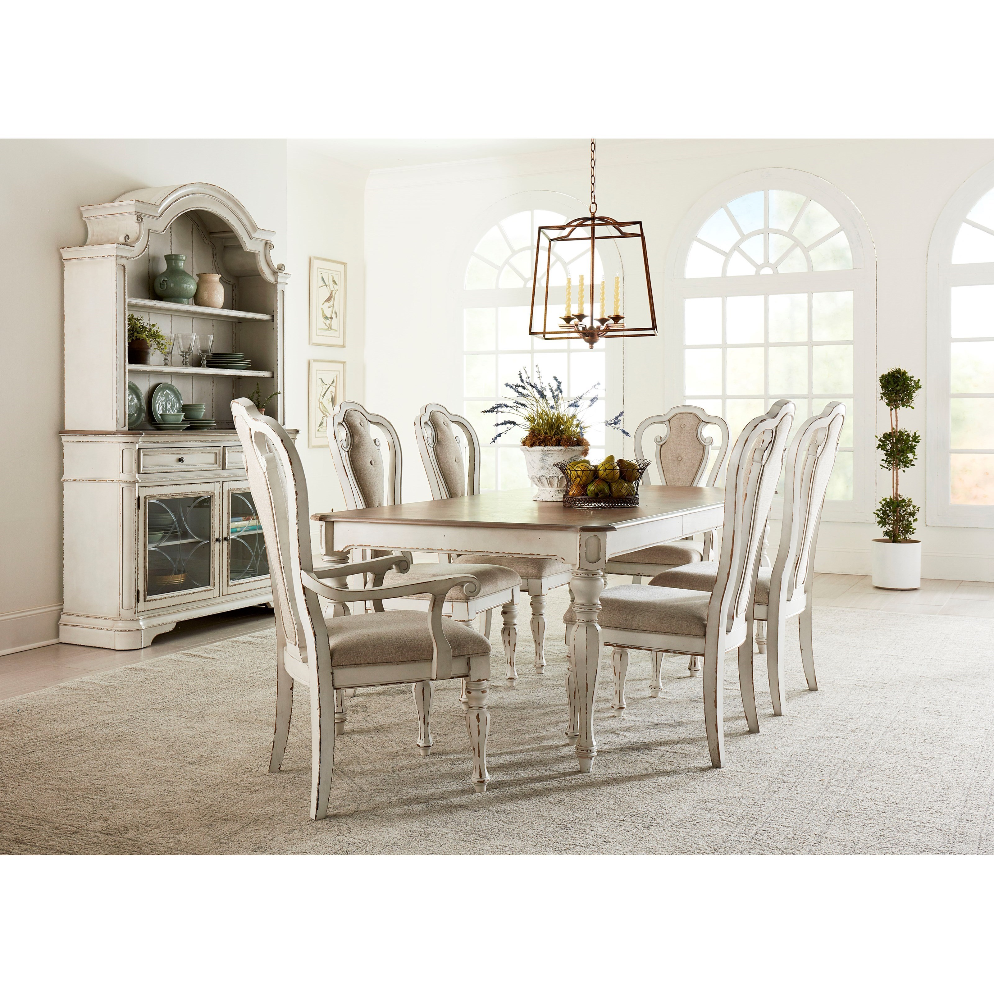 Standard Furniture Stevenson Manor Dining Room Group