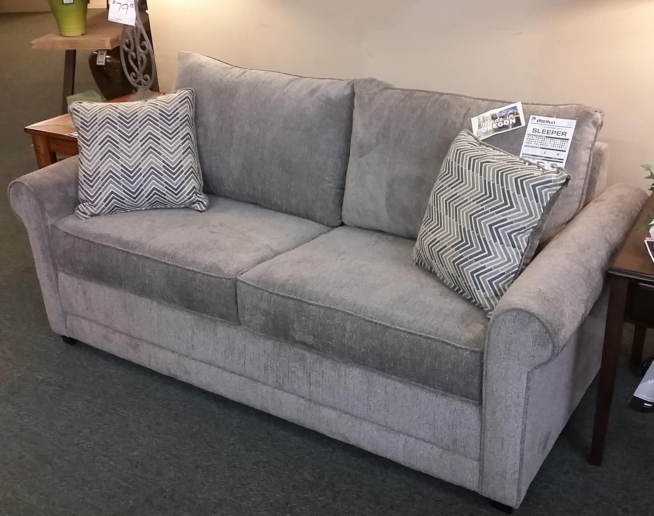 Stanton 202 Full Sleeper Sofa w/ Basic Mattress - Item Number: 202-14B