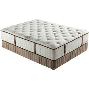 Stearns & Foster Estate 2012 Queen Luxury Plush Mattress