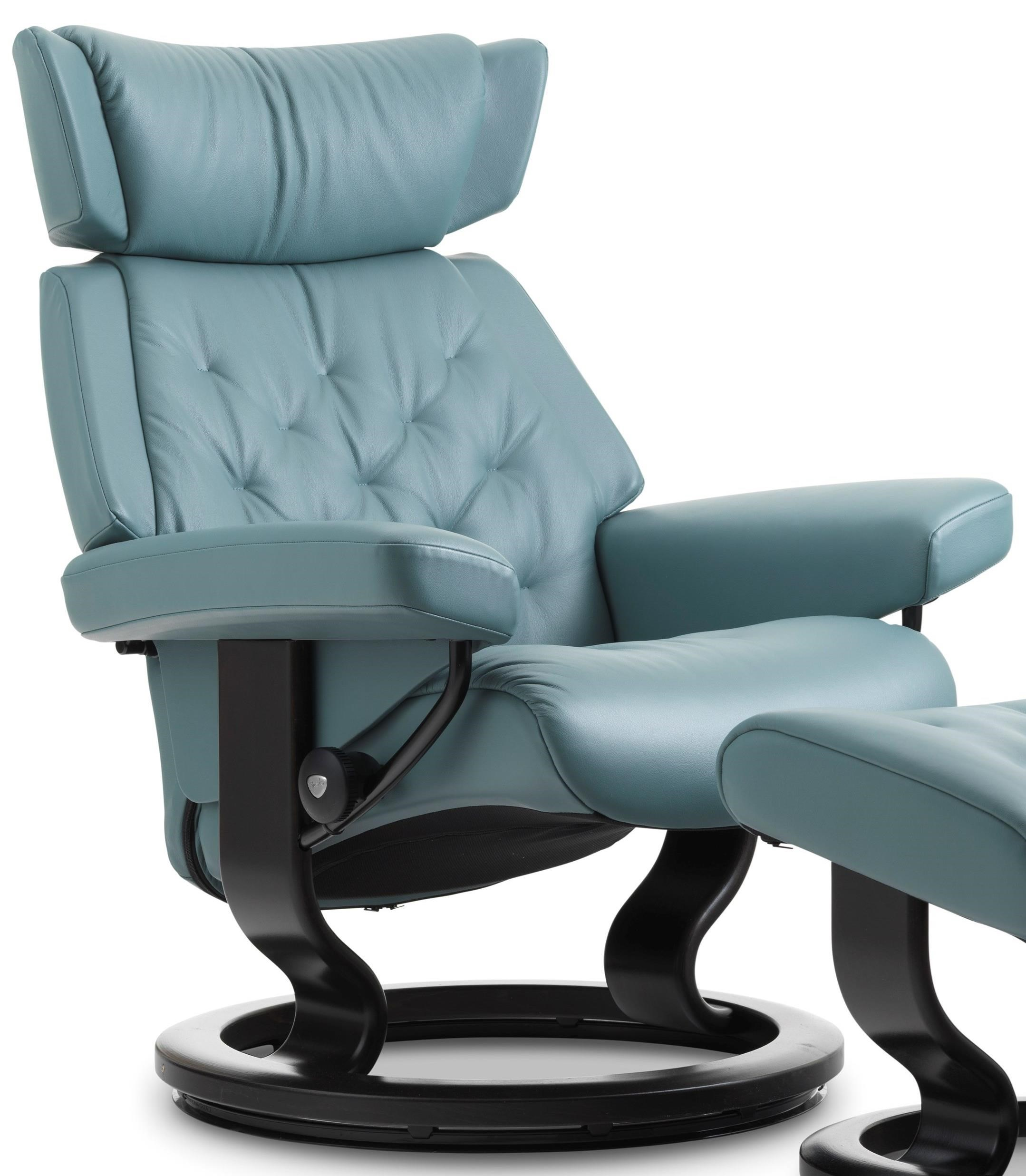 Stressless Skyline Medium Reclining Chair With Classic Base