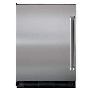 Sub-Zero Undercounter Refrigeration 5.7 Cu. Ft. Undercounter Refrigerator