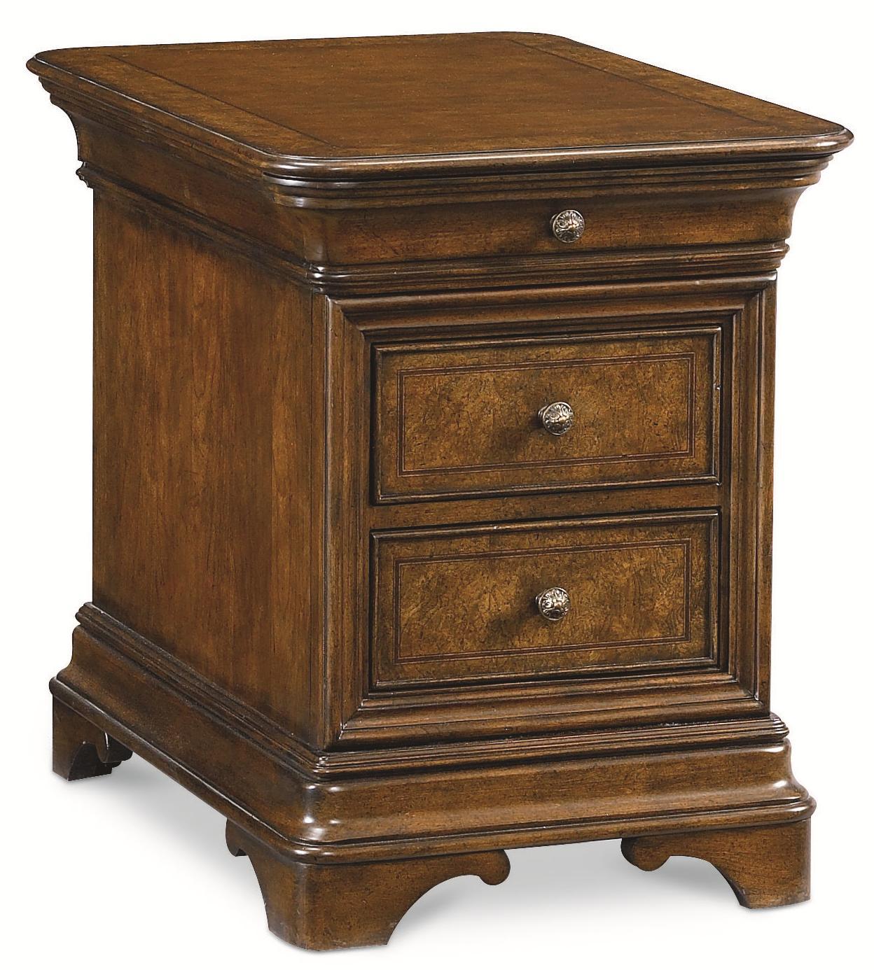 Thomasville® Deschanel Chairside Chest - Item Number: 46731-370