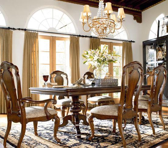 Thomasville® Ernest Hemingway  7 Piece Dining Set - Item Number: 46221-772+2x832+4x831