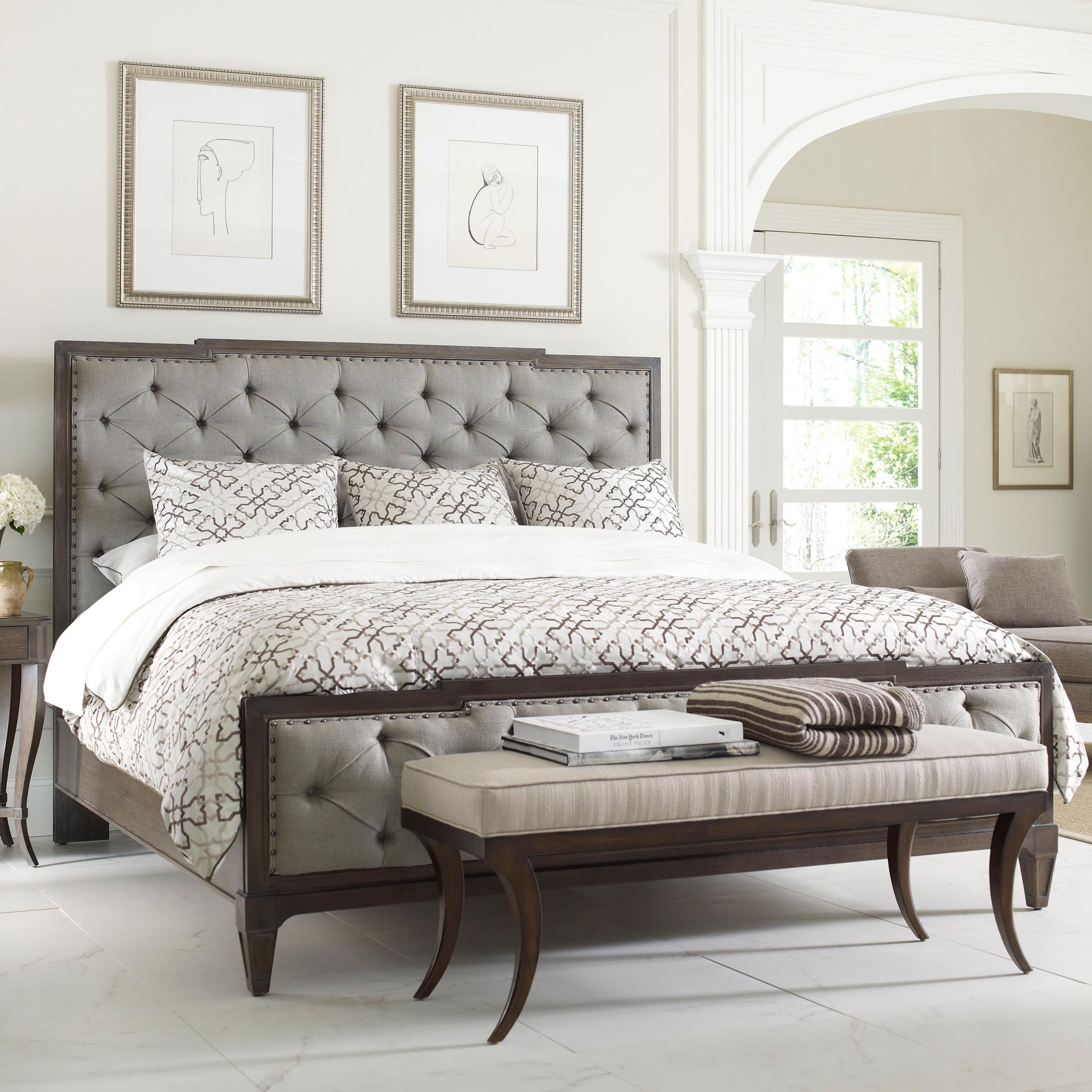 Genial Thomasville® Harlowe U0026 Finch Mirabeau Queen Sized Bed With Upholstered  Headboard And Footboard | Louis Mohana Furniture | Upholstered Bed