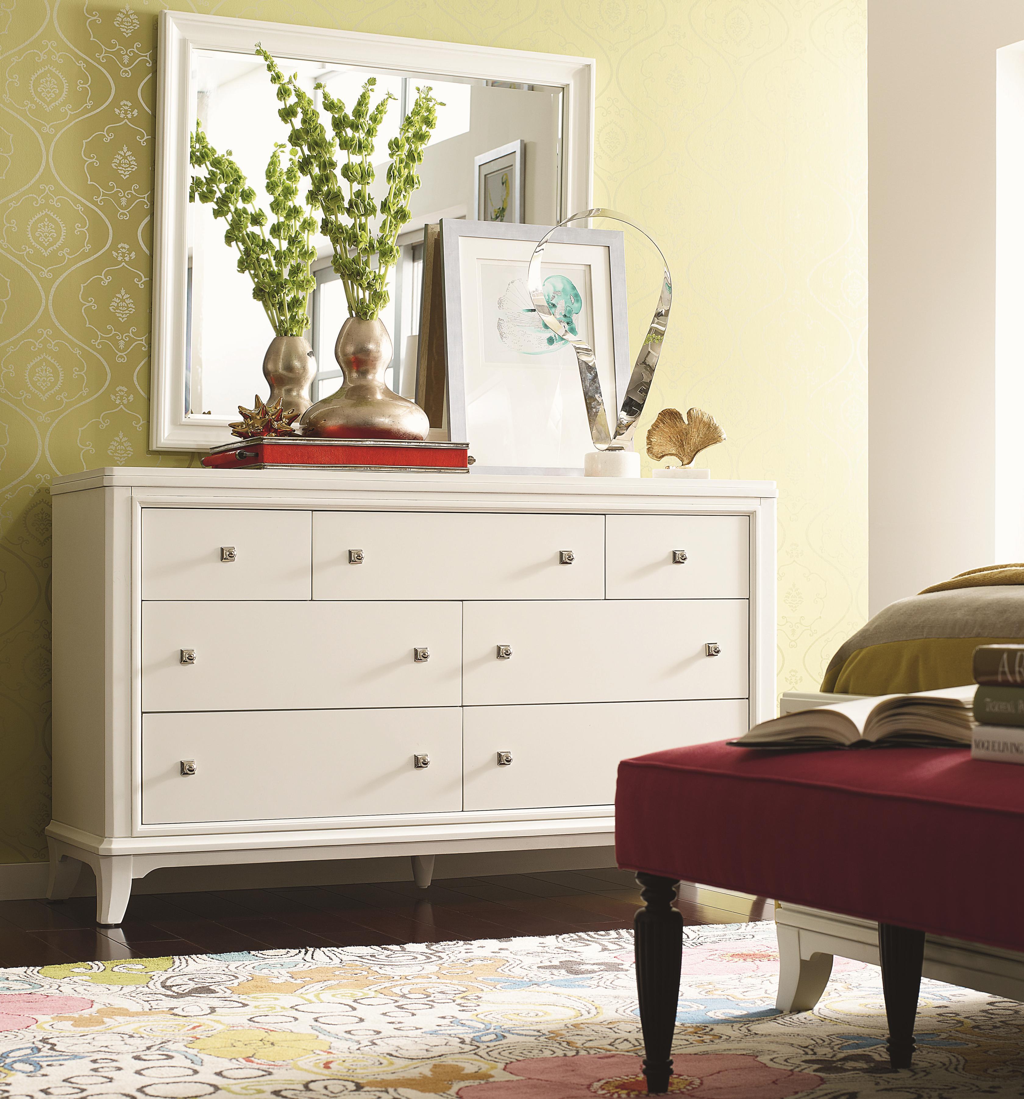 Thomasville® Manuscript Dresser and Mirror - Item Number: 82915-125+220