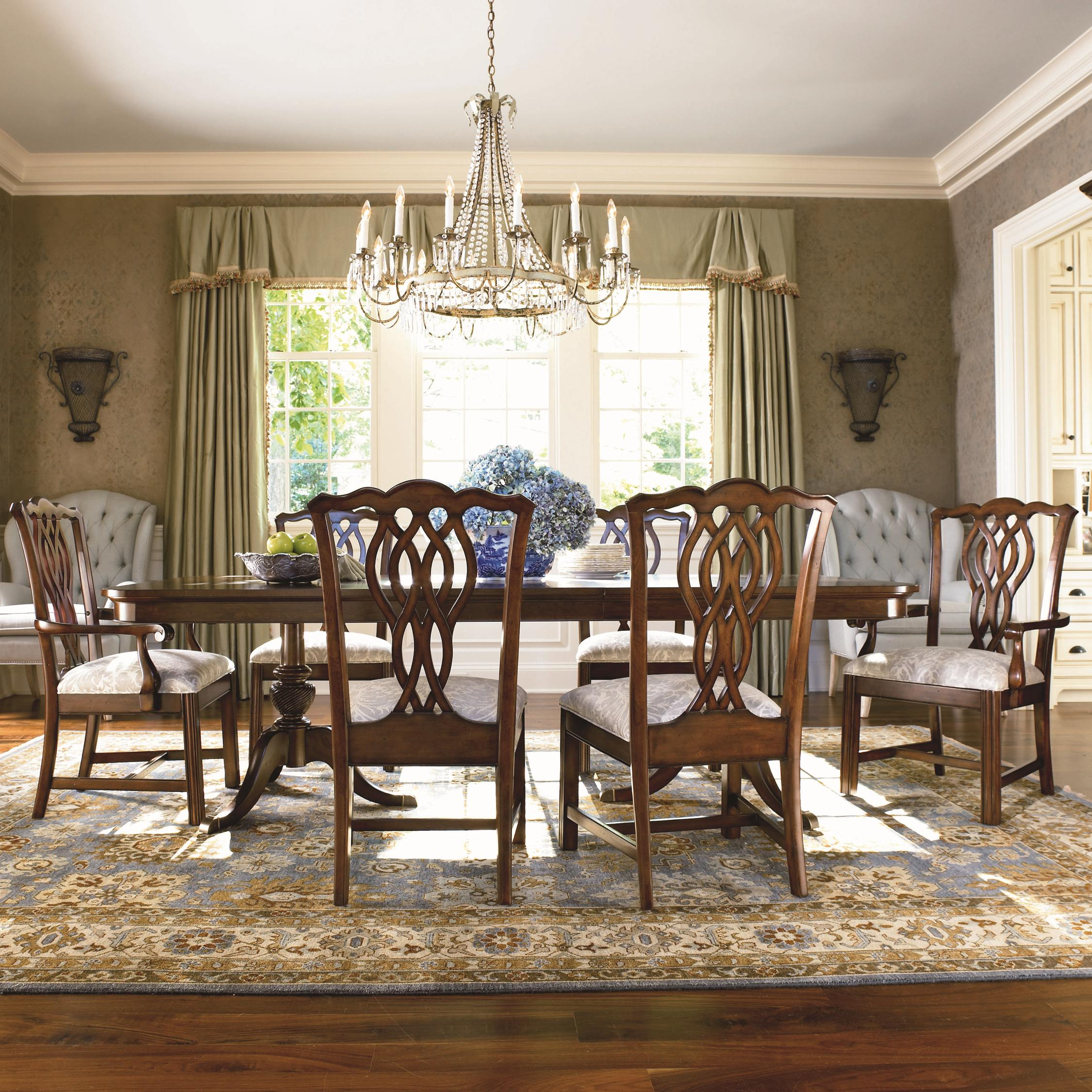 Thomasville Tate Street 7 Piece Double Pedestal Dinner Table and