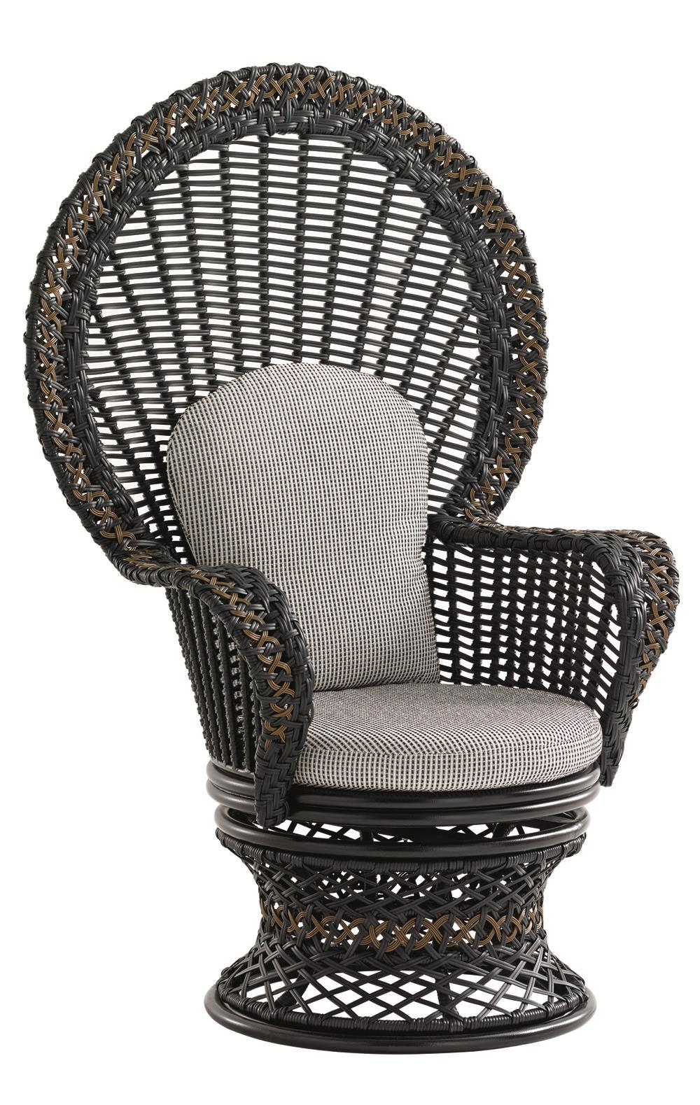 Swivel Fan Chair