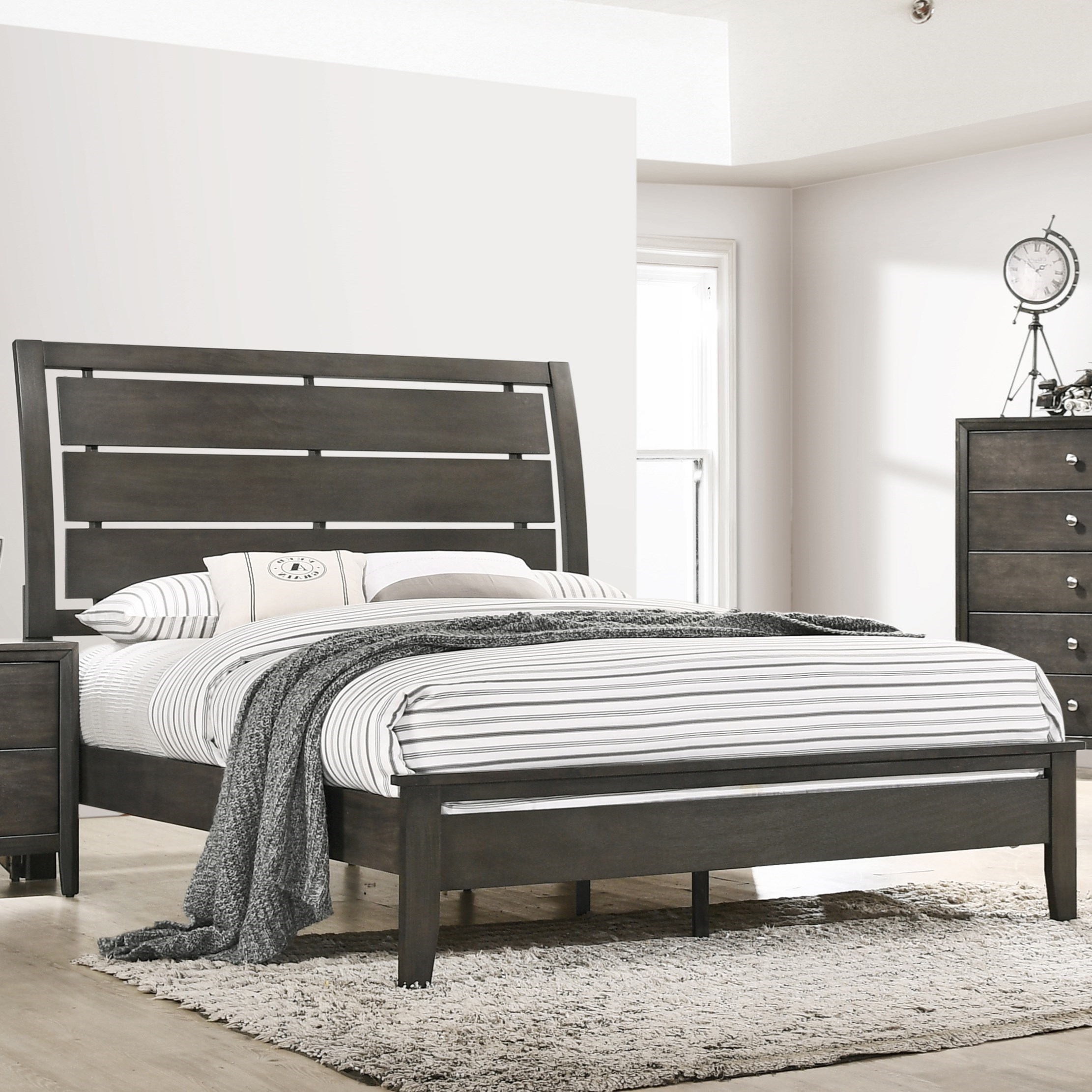 Grant Queen Bed by Lane at Household Furniture