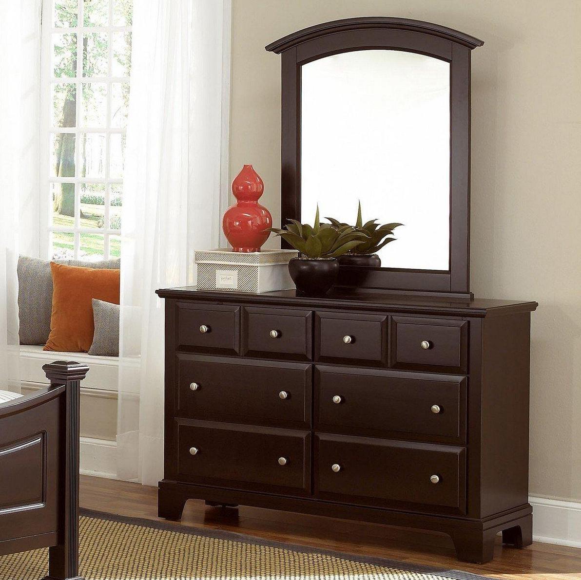 Vaughan Bassett Hamilton Dresser - 6 Drawers & Mirror - Item Number: BB4-001+442