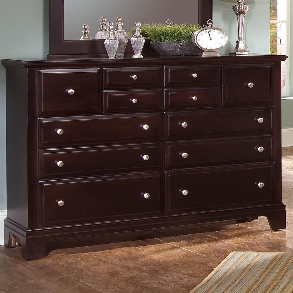 Vaughan Bassett Hamilton 7 Drawer Dresser Chest - Item Number: BB4-002