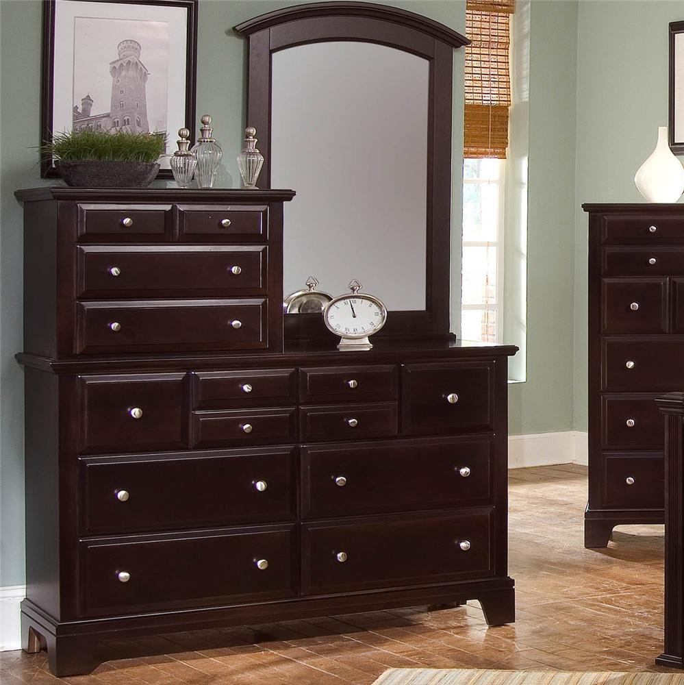 Vaughan Bassett Hamilton/Franklin 10 Drawer Dresser With