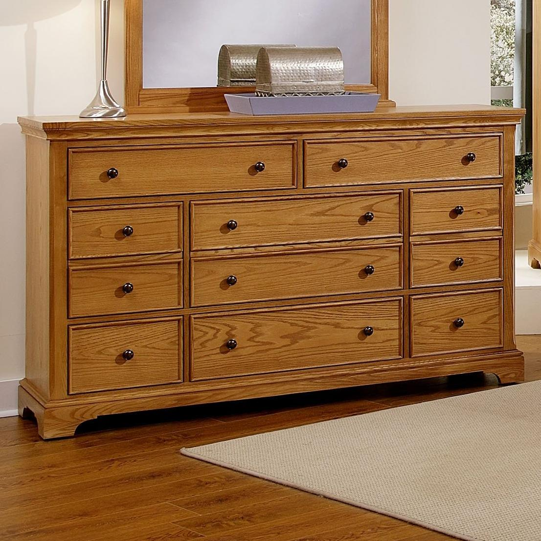 Vaughan Bassett Forsyth 8 Drawer Dresser - Item Number: BB75-003