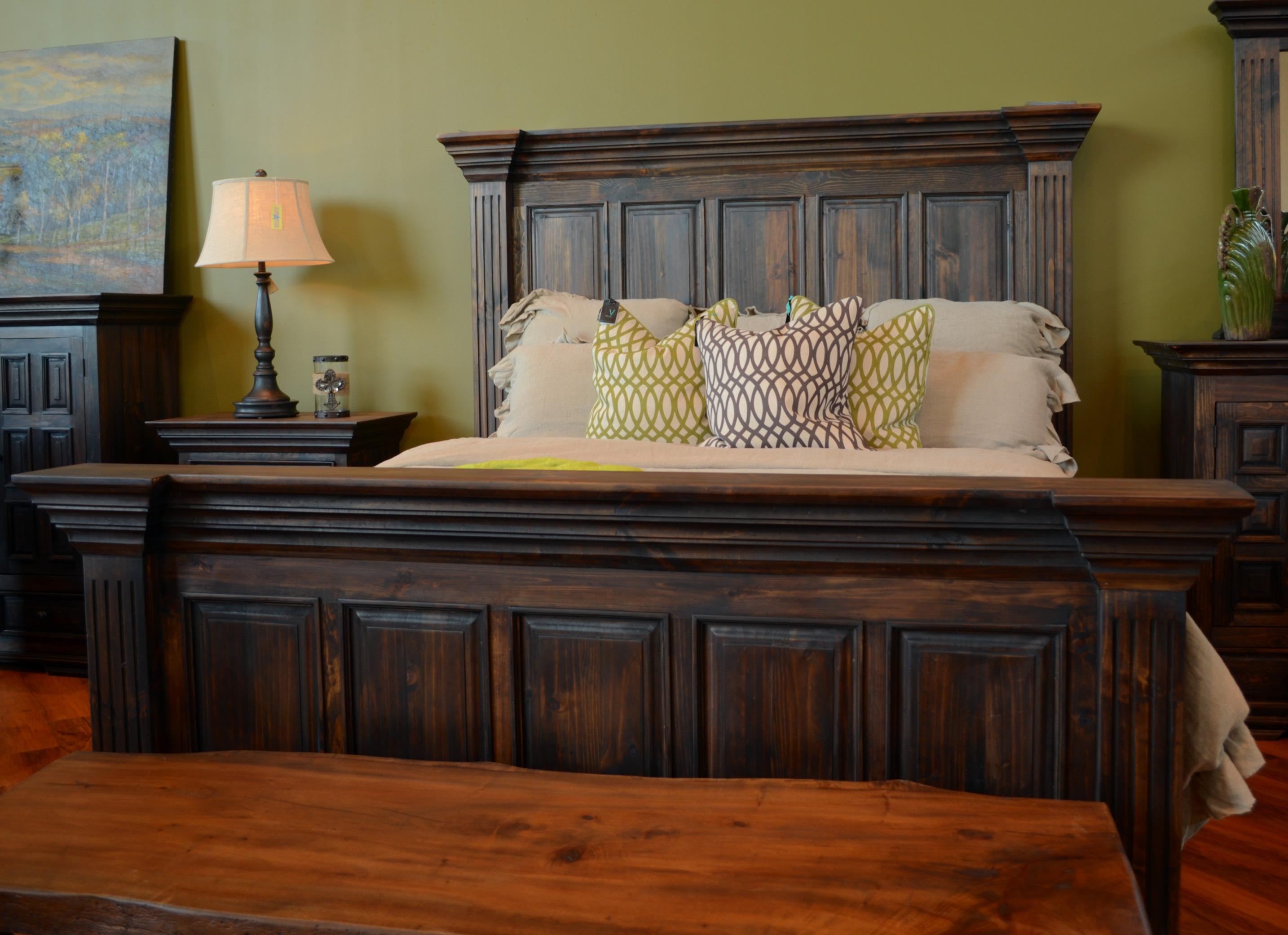 vintage wyoming queen panel bed item number grp wyoming queenbed - King Panel Bed