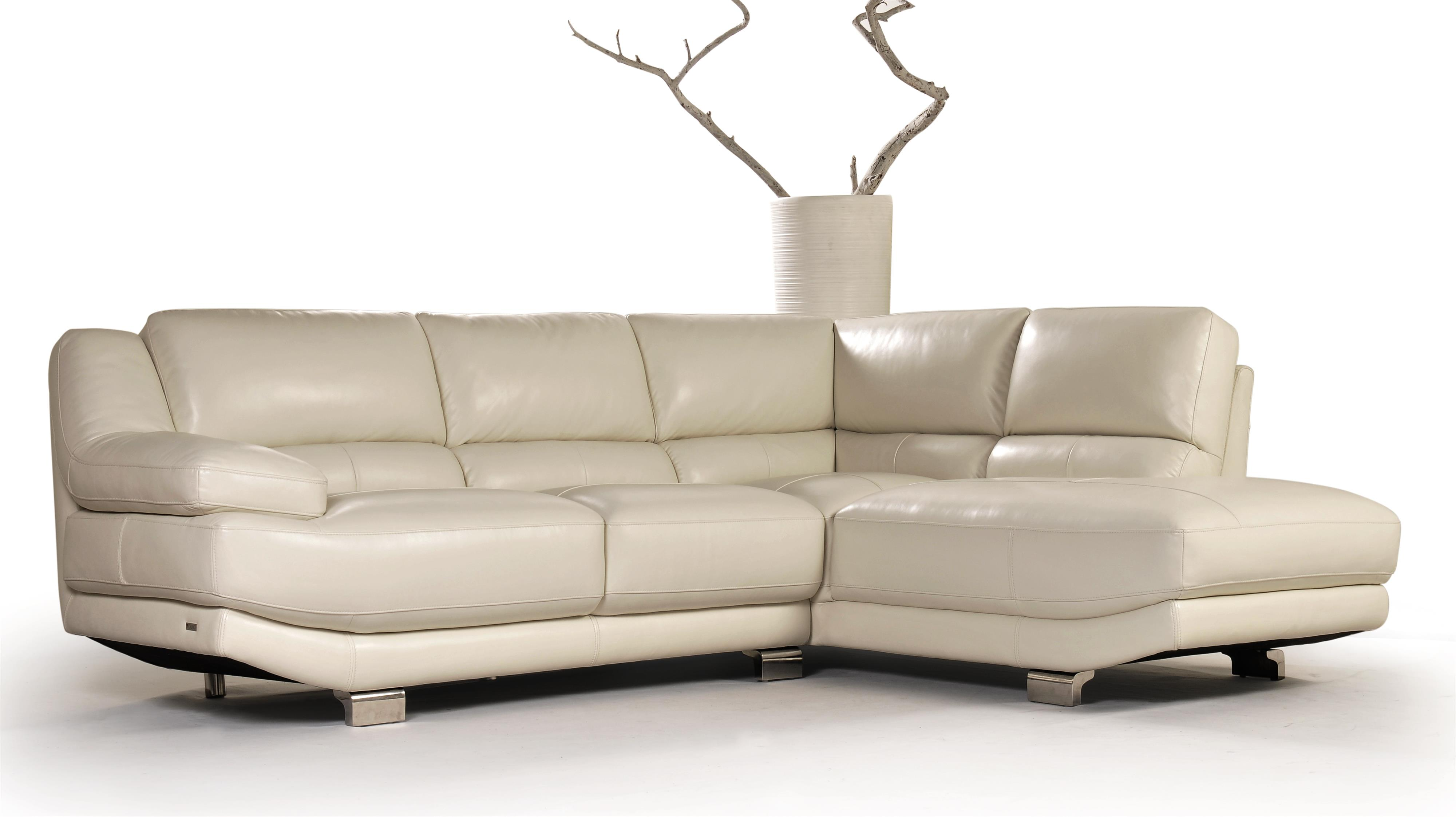 Violino Lennox Sectional HomeWorld Furniture Sectional Sofas