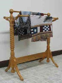Rope Twist Quilt Rack
