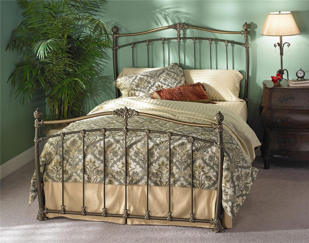 Wesley Allen Iron Beds Merrick Poster Bed - Item Number: CB1042