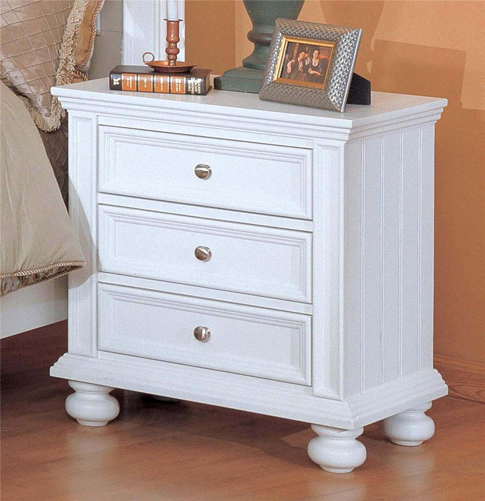 Winners Only Yarmouth Three Drawer Night Stand - Item Number: BP1005