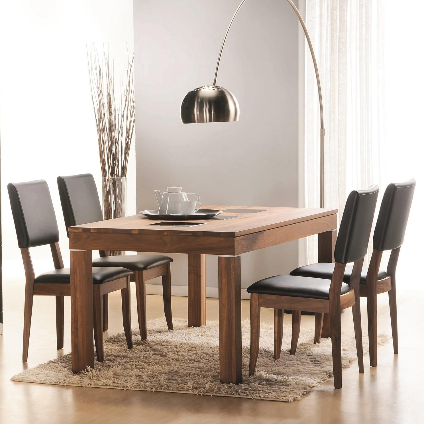 Winners Only Denmark 5 Piece Dining Set - Item Number: DD23771+4x551SE
