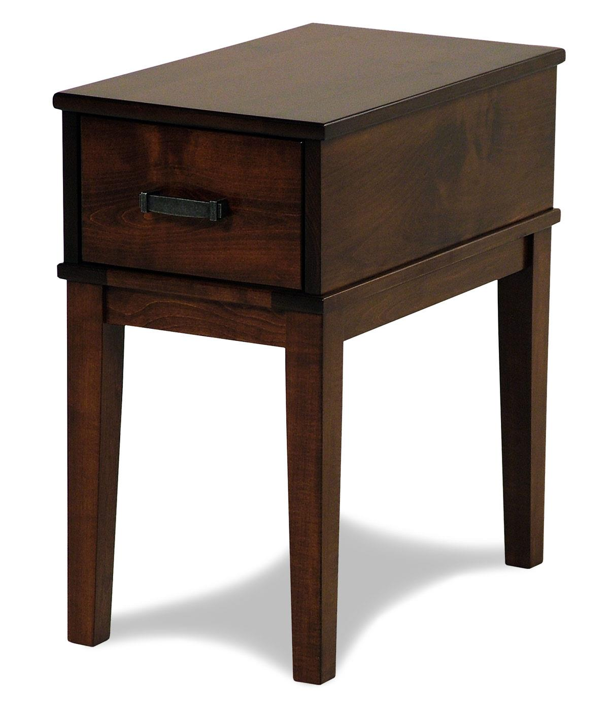 Y & T Woodcraft Asbury Amish Built Maple Chairside Table - Item Number: 230-MAP117