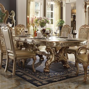 Oval Dining Table w/ Extension Leaves