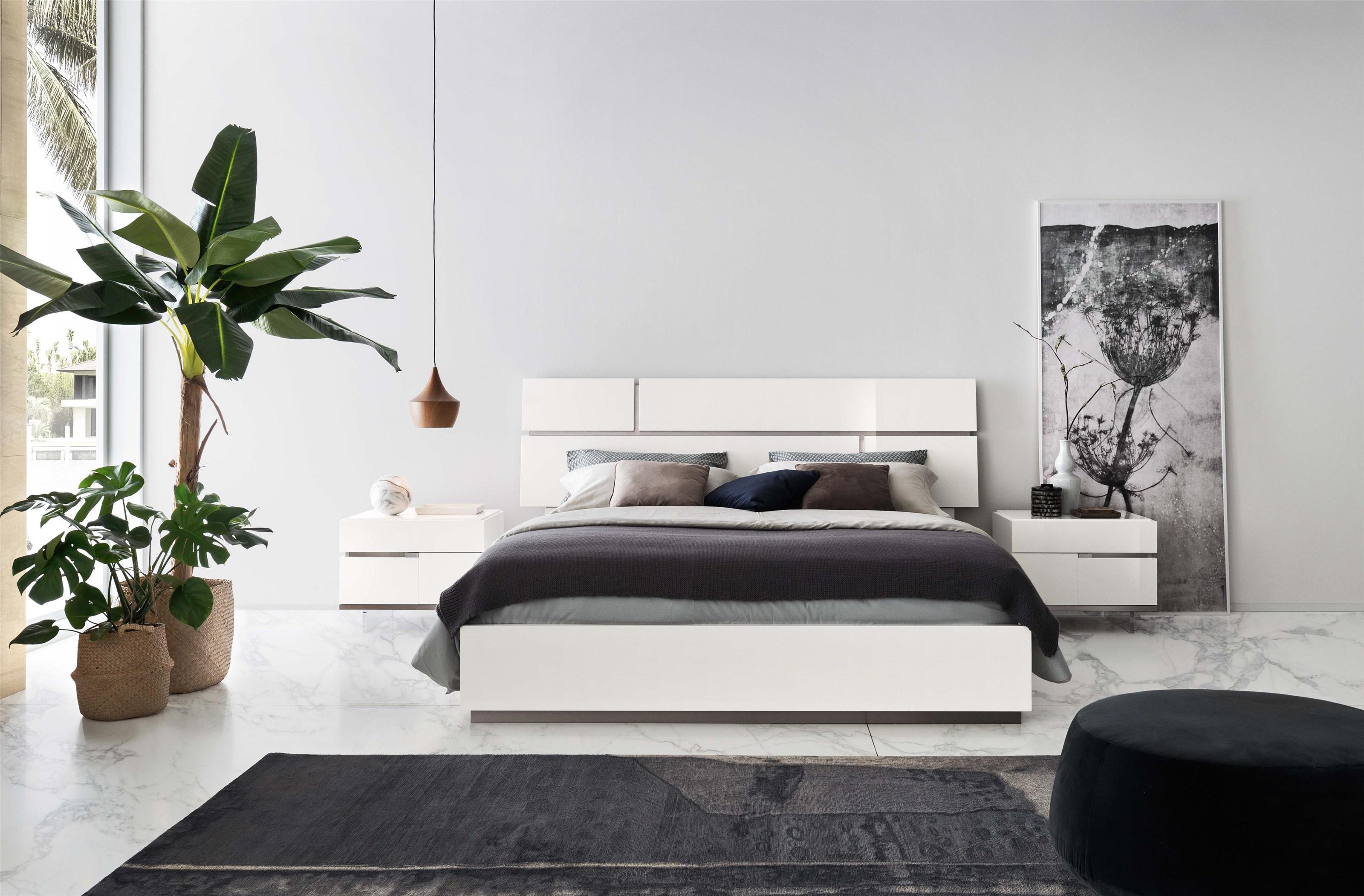 Artemide Bedroom Queen Bed by Alf Italia at Stoney Creek Furniture