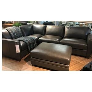 DD Como Sectional with a Ottoman