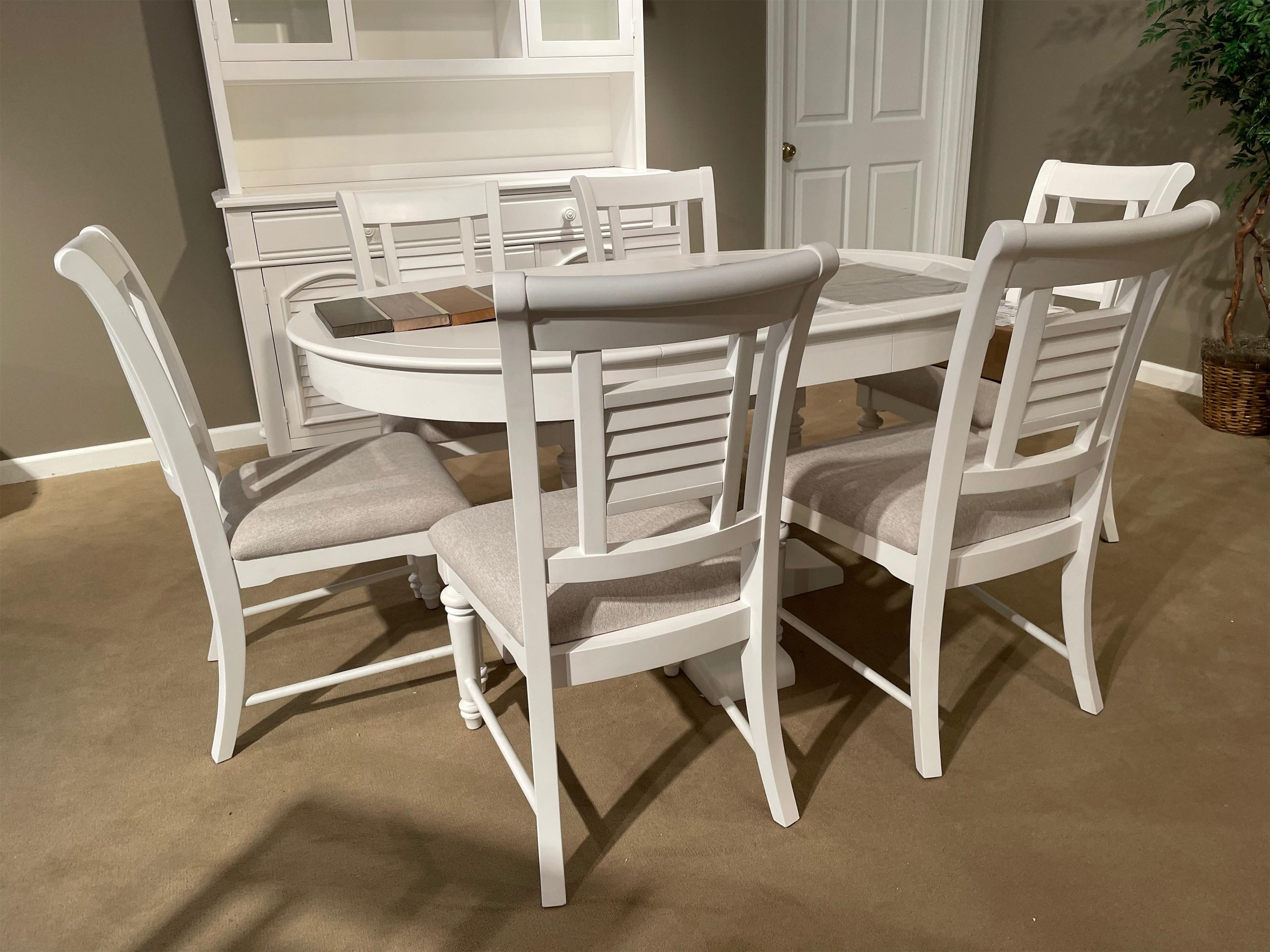 Cottage Traditions Round Table and Side Chairs by American Woodcrafters at Johnny Janosik