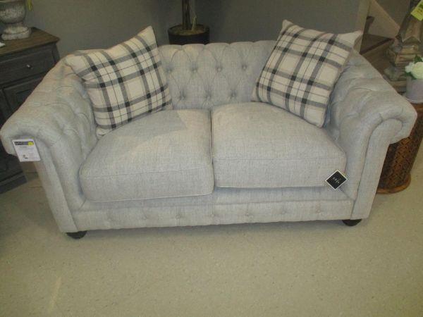 921 Ebony Abbington Love Seat by Aria Designs at Stoney Creek Furniture