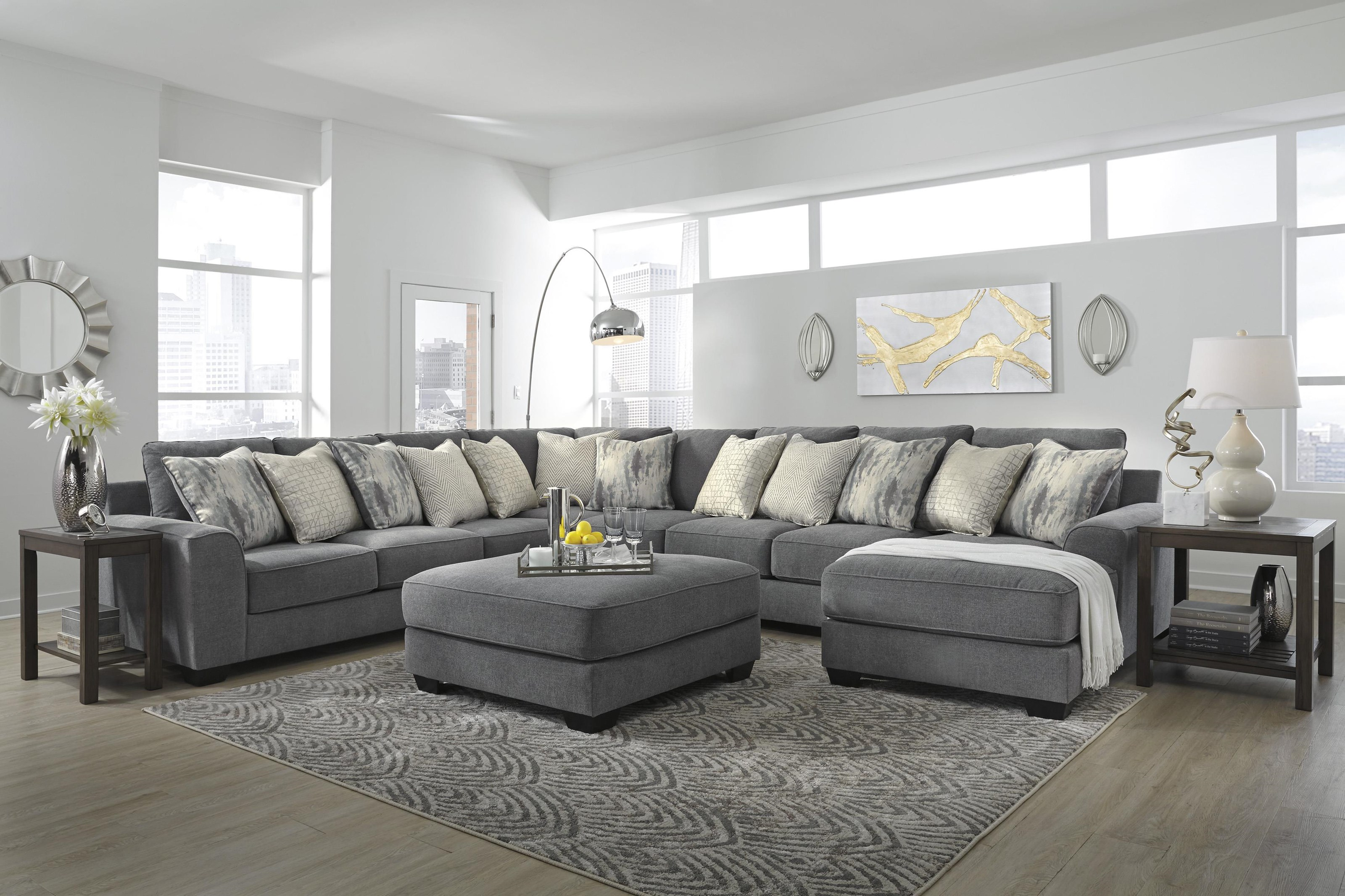 Castano 5 Piece Sectional with Ottoman by Ashley Furniture at Sam Levitz Outlet