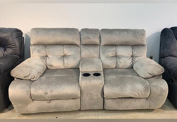 Last One Loveseat Last One! Power Reclining Loveseat at Morris Home