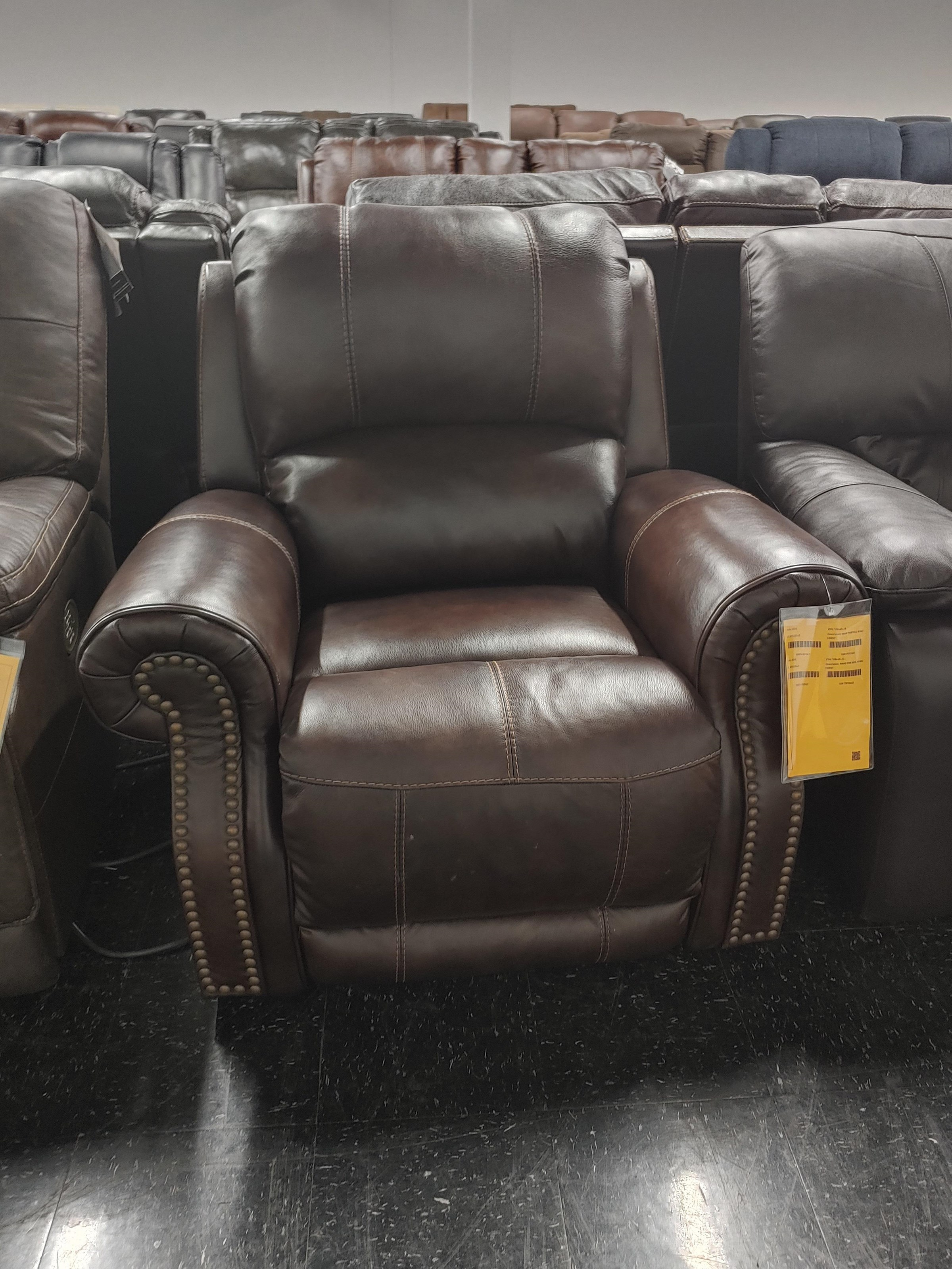 Last One Recliner - Last One! Power Recliner! at Morris Home