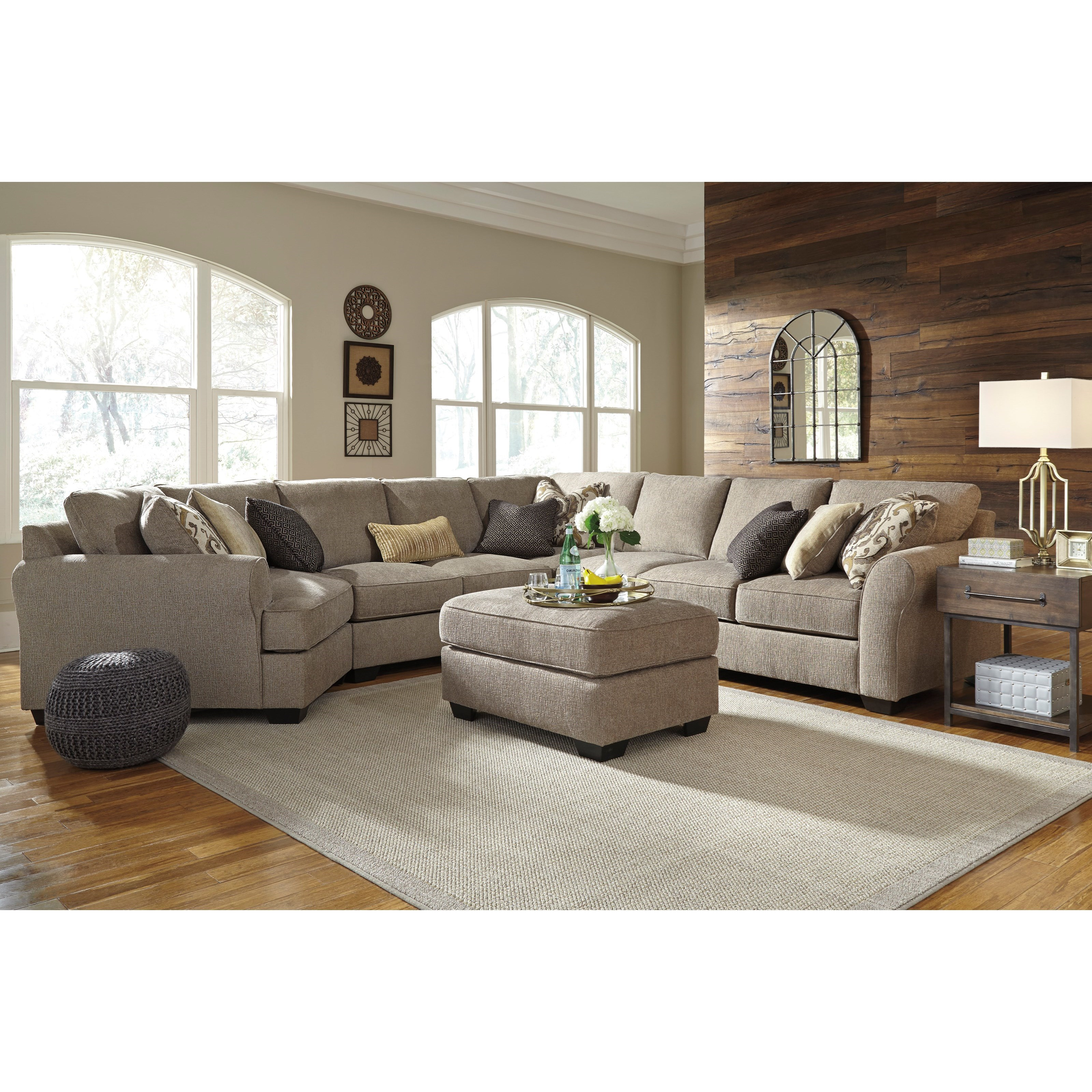 Pantomine 5-Piece Sectional with Ottoman by Benchcraft at Walker's Furniture