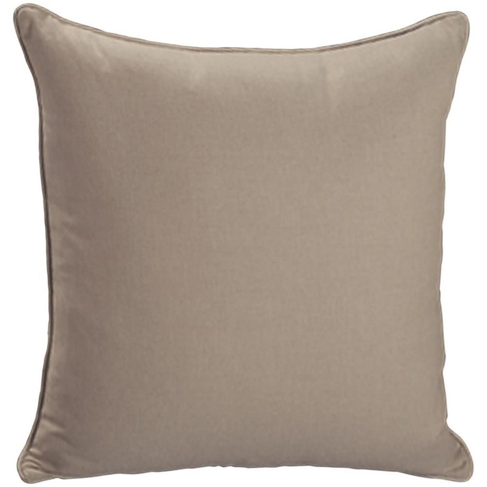 "Throw Pillows Knife Edge Square w/welt (21"" x 21"") at Williams & Kay"
