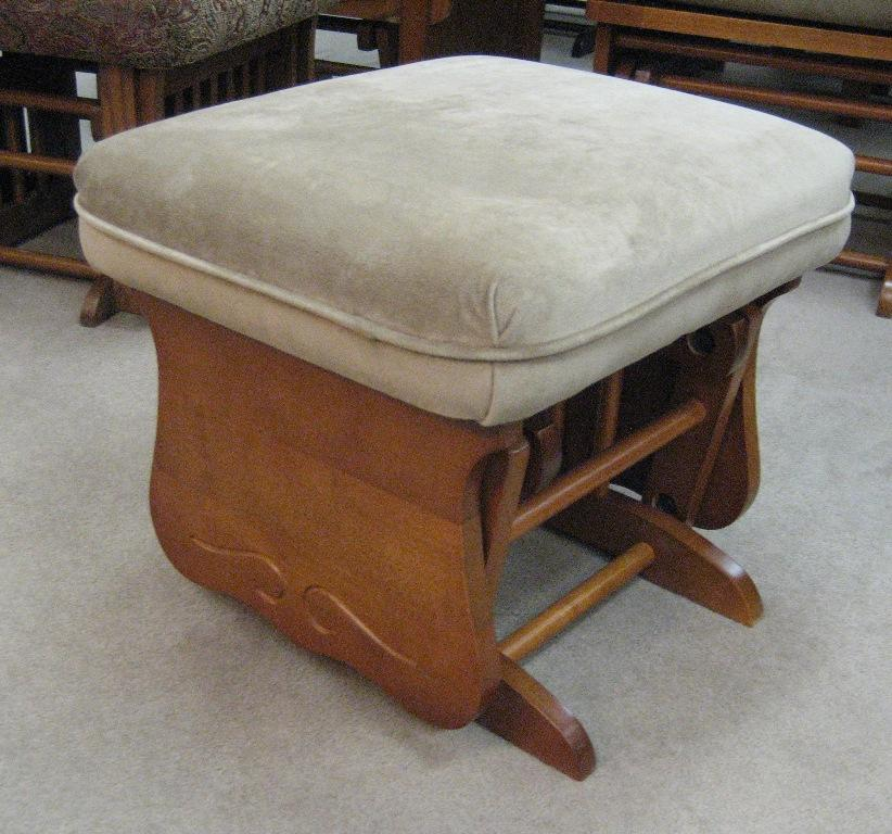 Glider Rockers Glider Ottoman by Best Home Furnishings at Walker's Furniture
