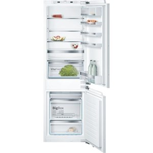 "Bosch Bottom-Freezer Refrigerators 24"" Built-In Custom Panel Bottom Freezer"
