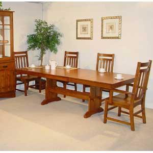 Cal Oak Highland Park Rectangular Trestle Table Set