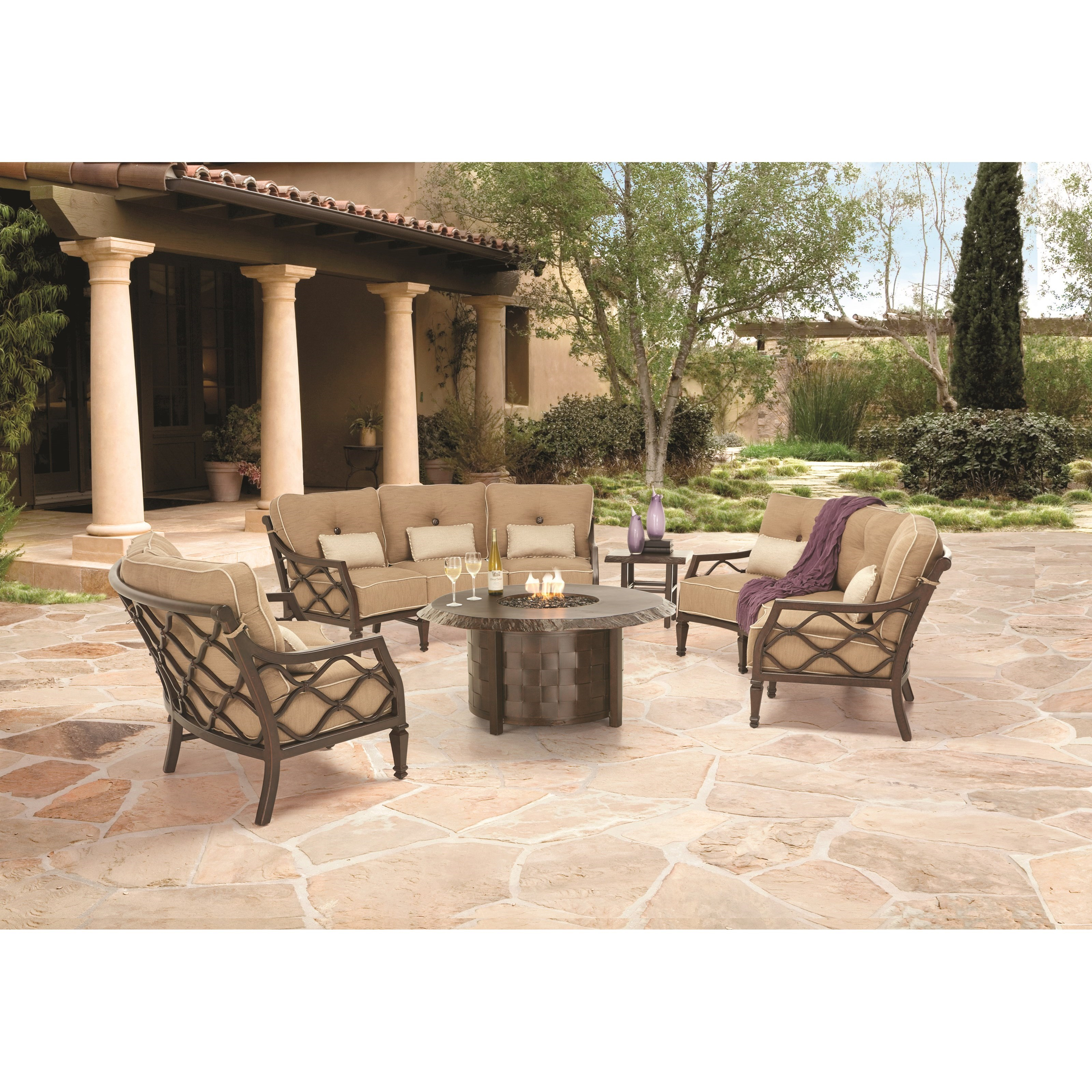 Villa Bianca Outdoor Group by Castelle by Pride Family Brands at Baer's Furniture