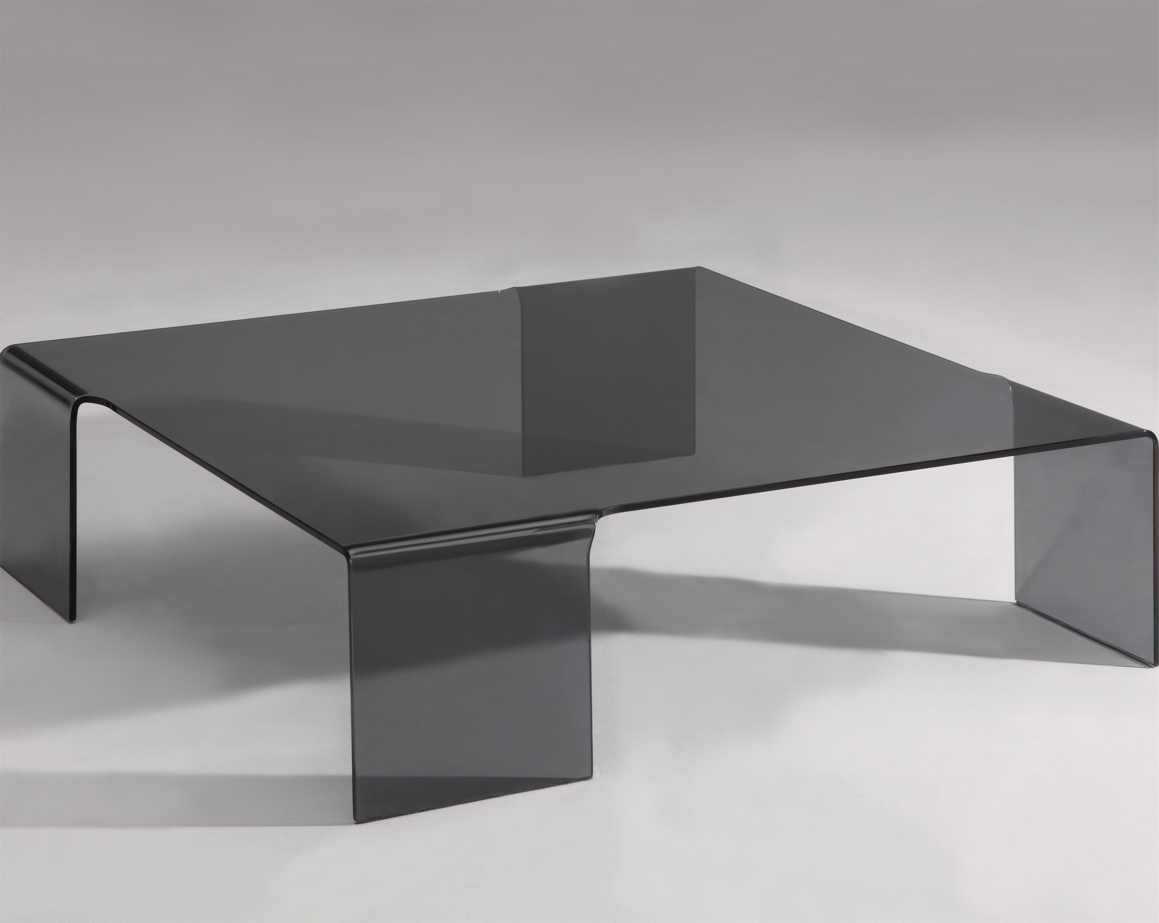 7260 Cocktail Table by Chintaly Imports at Corner Furniture