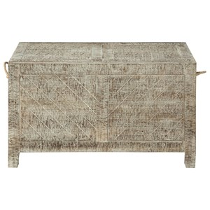 Relaxed Vintage Storage Cocktail Trunk