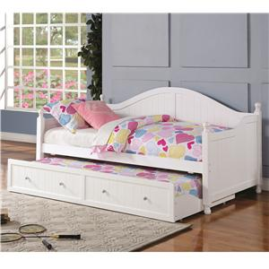 White Wooden Daybed with Trundle