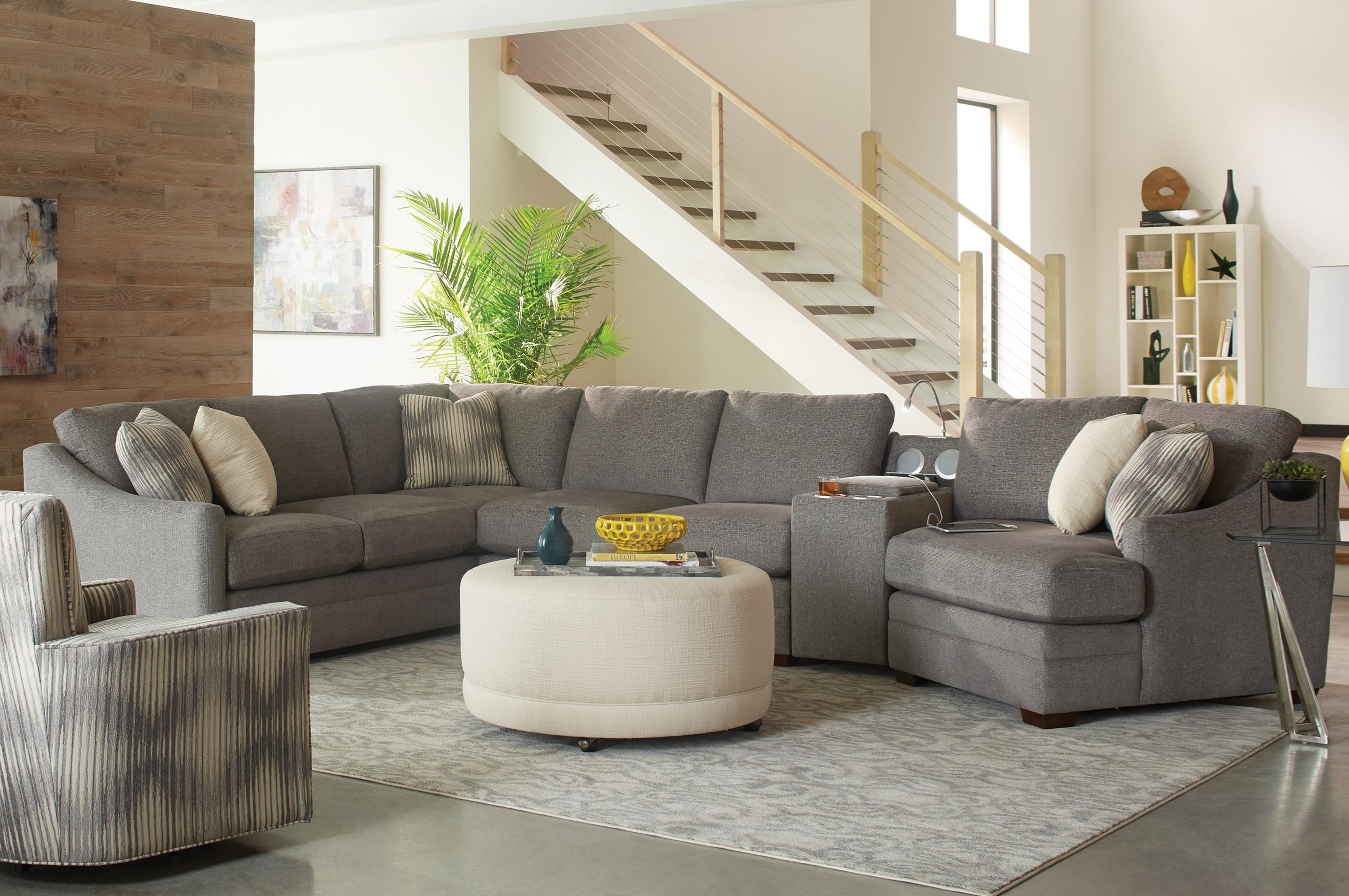F9 Custom Collection 4 pc Sectional Sofa w/ Power Console by Craftmaster at Goods Furniture